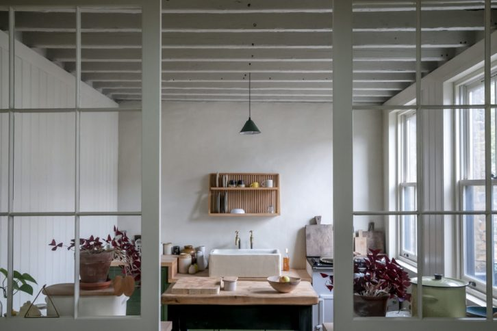 Diseño en pocos metros: casa pequeña de estilo rústico