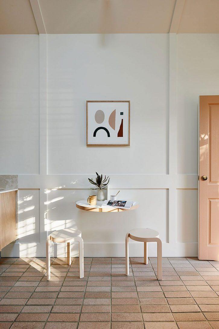 Comedor pequeño de diseño minimalista