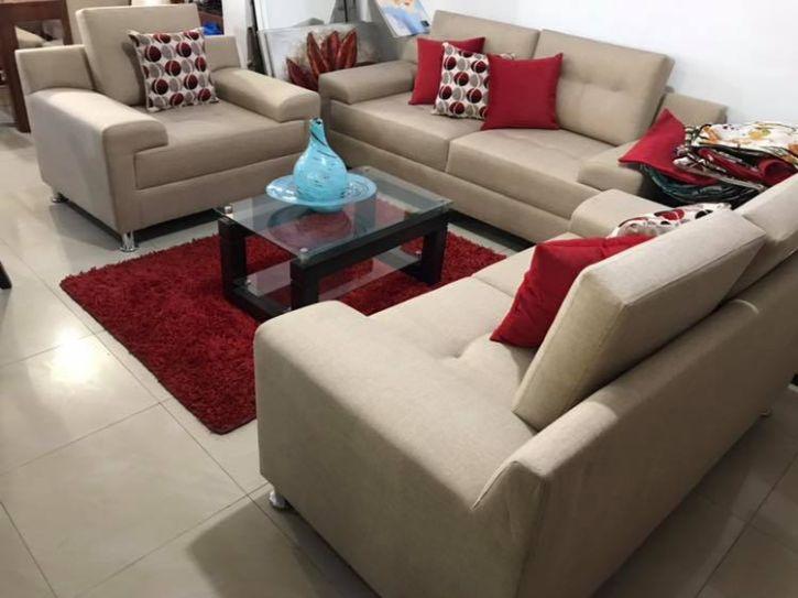 Muebles Inmulhsa en el Parque Industrial de Villa El Salvador, Lima 2