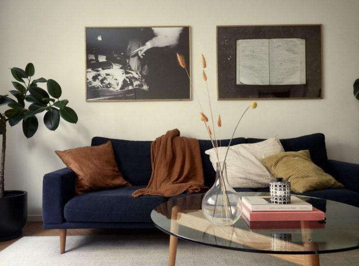 Departamento pequeño nórdico de 51 metros²: sala con buena distribución y muebles escandinavos 7