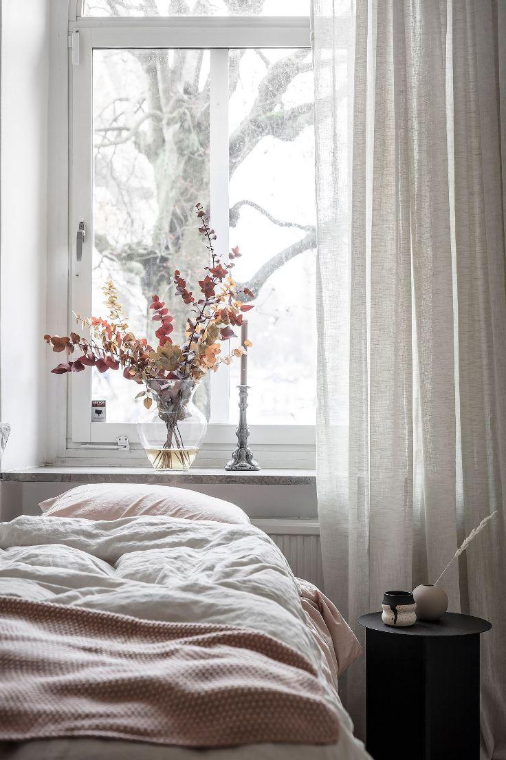 Elementos textiles aportan texturas y calidez a la decoración del dormitorio